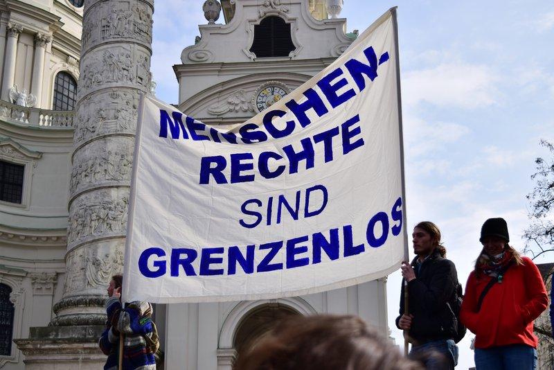 Demo Freitag Wien Detail: Menschenrechte: Staaten In Der Pflicht · Fairunterwegs.org